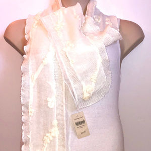 COLDWATER CREEK Off-White Acrylic Blend Scarf